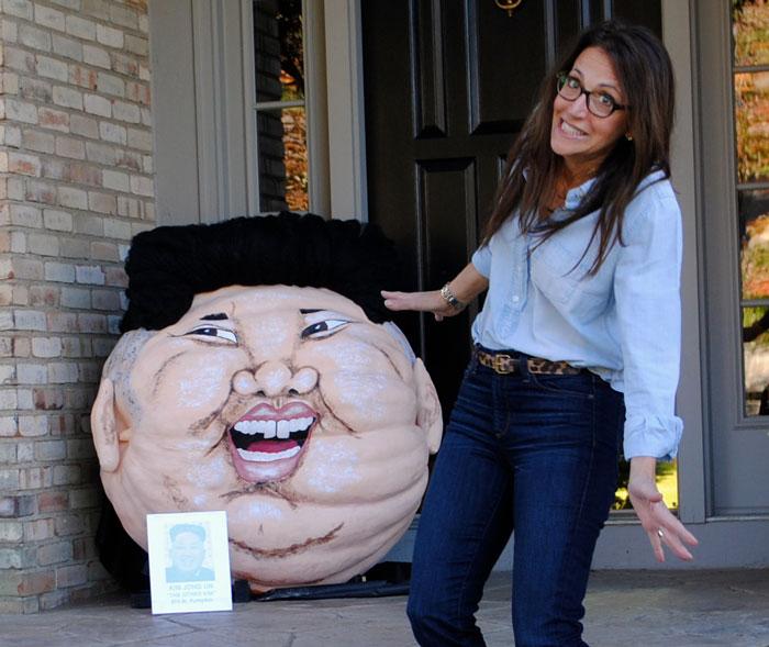 """2014 - Kim Jong Un 374 lb. """"PumpKIM"""""""