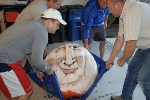 2016 - Vladimir Putkin, 341 lbs., Moving Putkin from the studio to the display